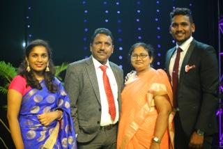 Familie Kumari und Yesupadam Vunnamatla